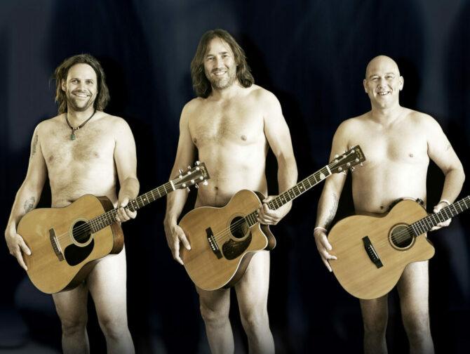 3 Männer mit Gitarre